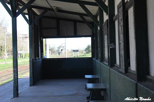 Andén de la Estación Olivera