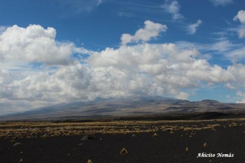 2- Volcan tapado de nubes