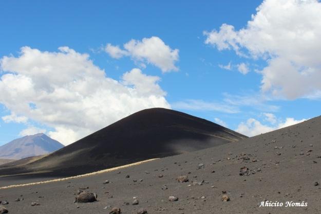 8- Volcan en sombras