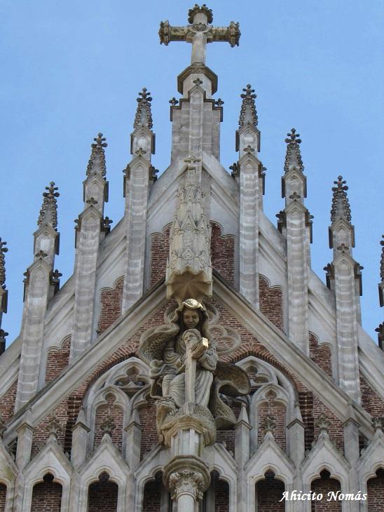 Cruz fachada