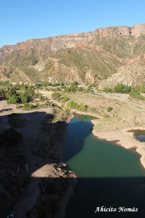 El dique seca el rio