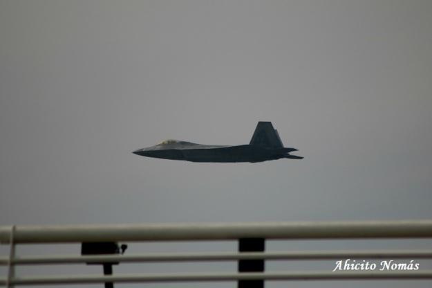 F-22 sobre SCL