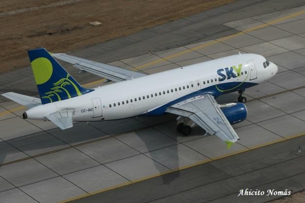 Sky A319 CC-AIC rodando
