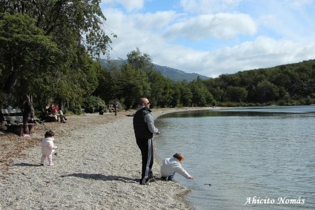 Playa Lago Roca