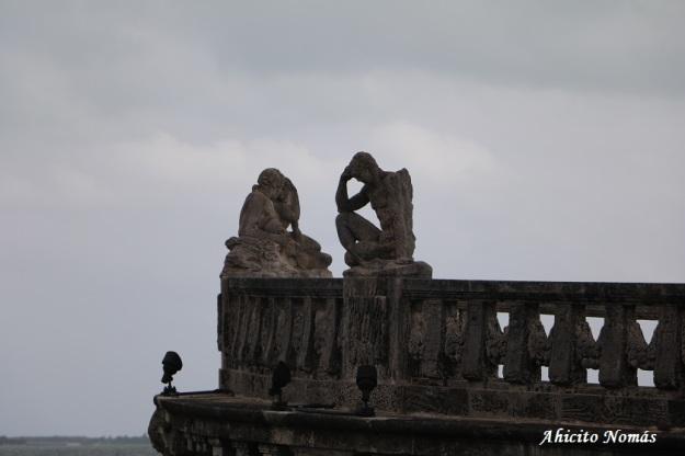 Esculturas barco