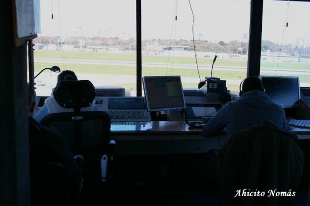 Controladores trabajando