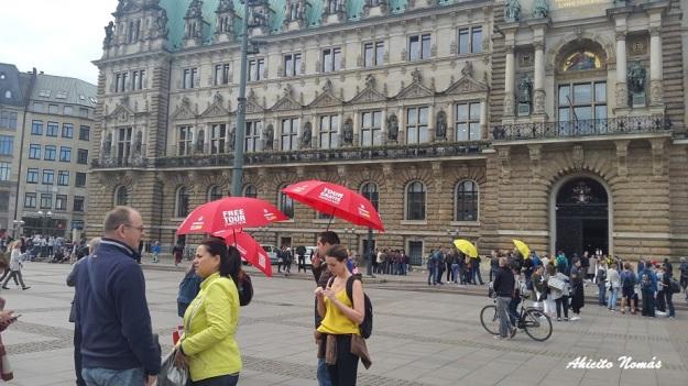 paraguas-de-todos-colores-en-ham