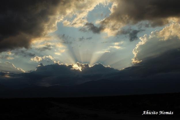 sol-entre-nubes-al-regreso