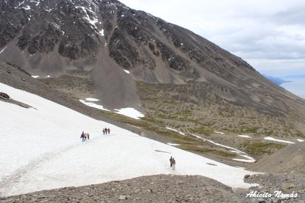 caminando-sobre-la-nieve