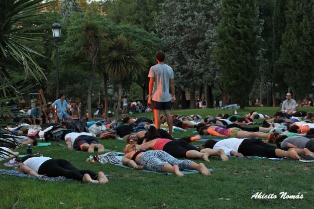 yoga-en-el-parque